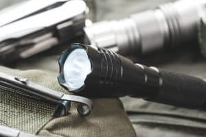flashlights amongst every day carry gear